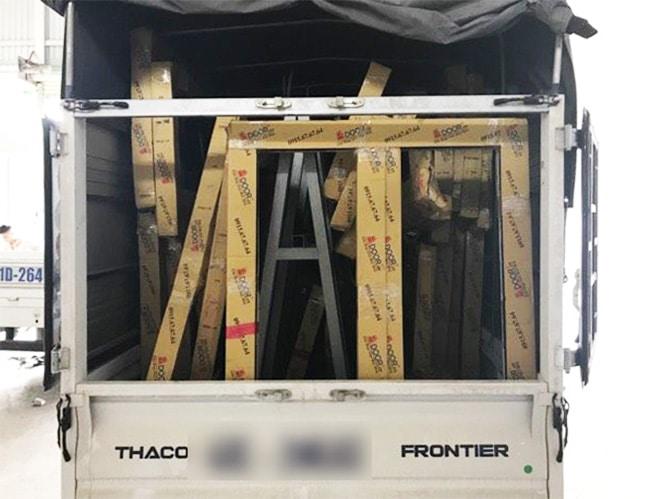 quy trình đóng gói vận chuyển Adoor