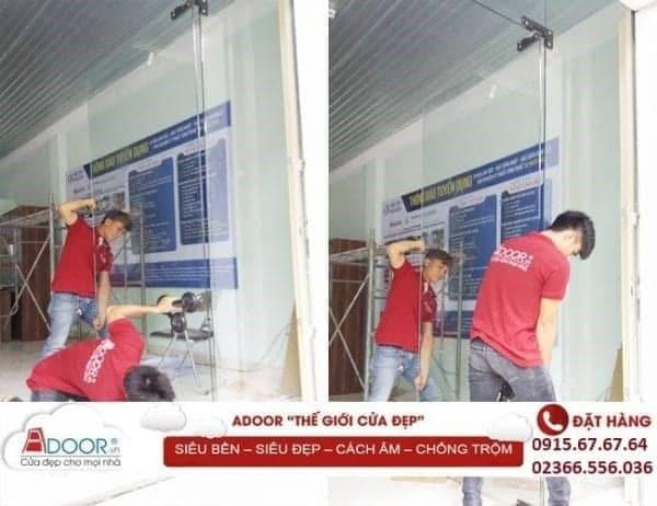 Đội ngũ nhân viên tận tâm, lắp đặt cửa kính trong thời gian nhanh nhất