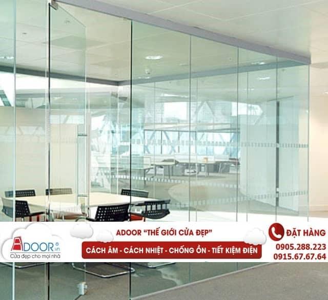 Adoor chuyên cung cấp các loại cửa kính cường lực uy tín, chất lượng