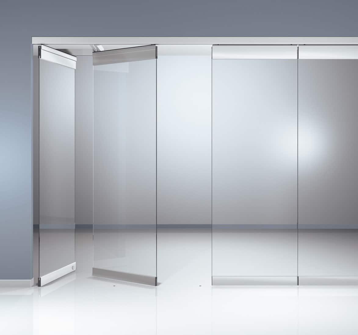 Cửa kính cường lực với bề mặt trong suốt thâu tóm không gian bên trong nhà bạn
