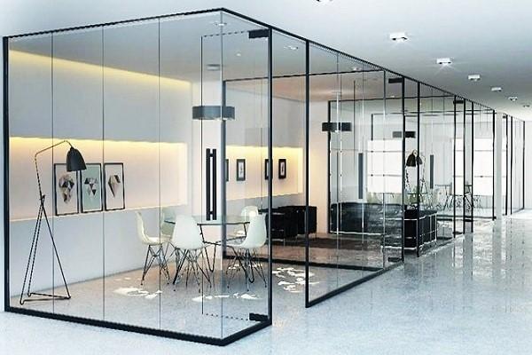 Không gian sang trọng cùng thiết kế tinh tế với cửa kính cường lực Adoor