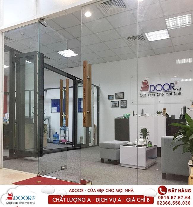 Adoor chuyên cung cấp thi công cửa kính cường lực chất lượng