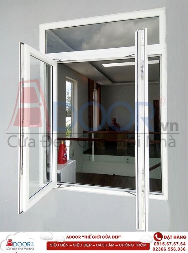 Mẫu cửa sổ mở quay cho không gian thoáng mát nhà bạn