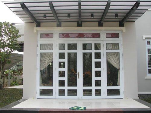 Mẫu cửa chính và cửa sổ nhôm kính