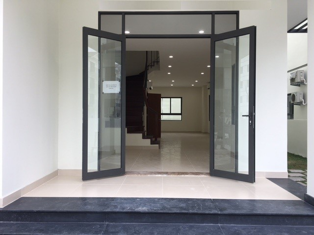 Mẫu cửa nhôm 2 chiều cho nhà ở